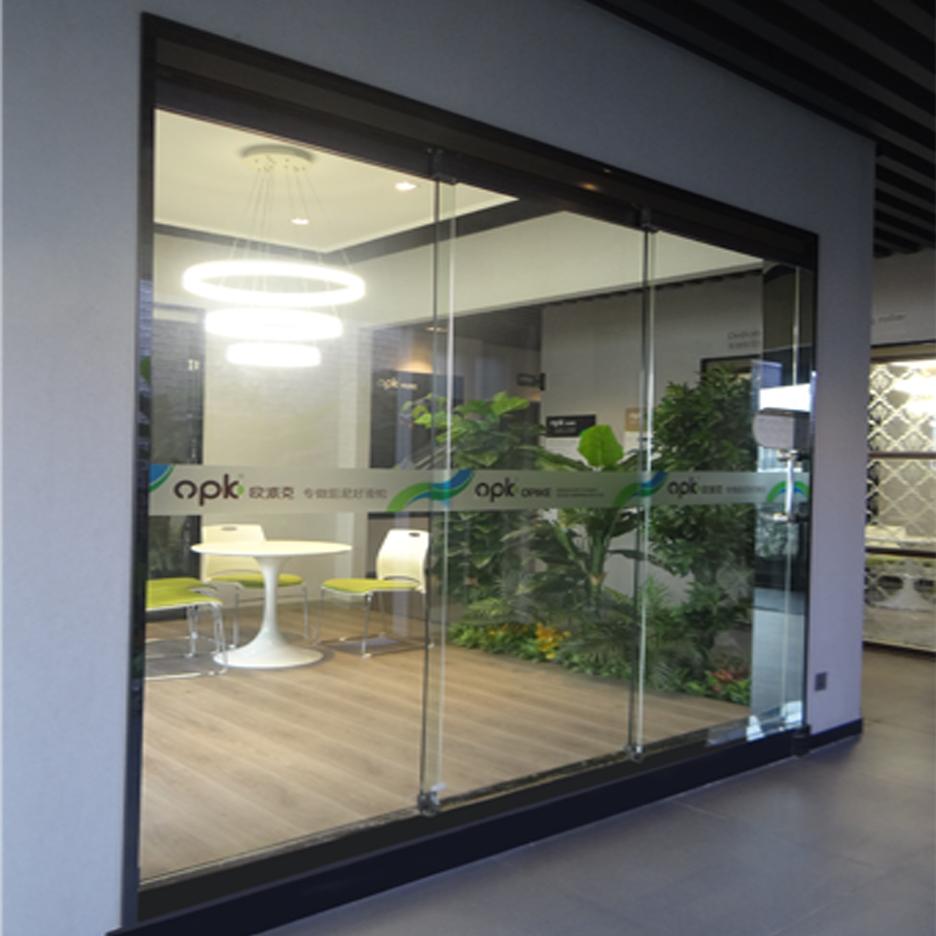 مکانیزم تاپ لاین ترکیبیDG3 تک درب ثابت و دو درب متحرک شیشه ای ساختمانی بدون پروفیل کف با عرض حداکثر360 فانتونی F-0K-112-01